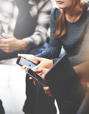 Veo, veo, postureo: redes sociales y smartphones para la conexión o la confrontación.
